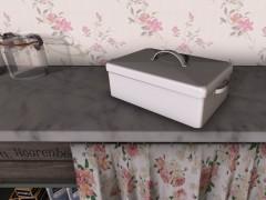mesh-white-metal-box